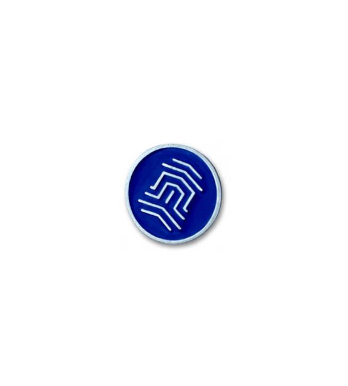 Modrý, smaltovaný odznak od producenta MCC Metal Casts